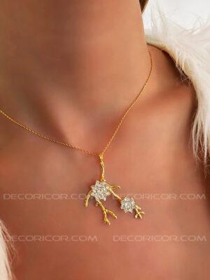 گردنبند گل نیلوفر