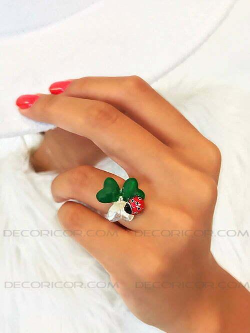 انگشتر گل شبدر