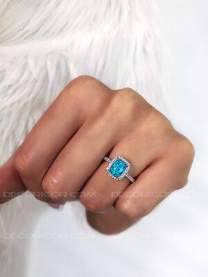 انگشتر اپال آبی