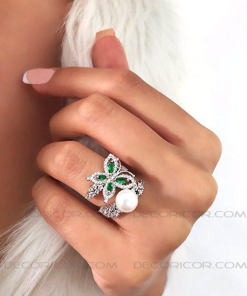 انگشتر پروانه سبز